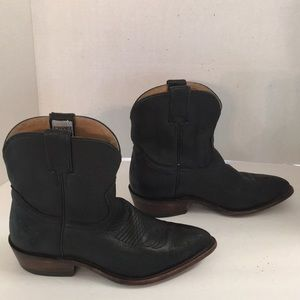 Frye Billy black leather western ankle boots